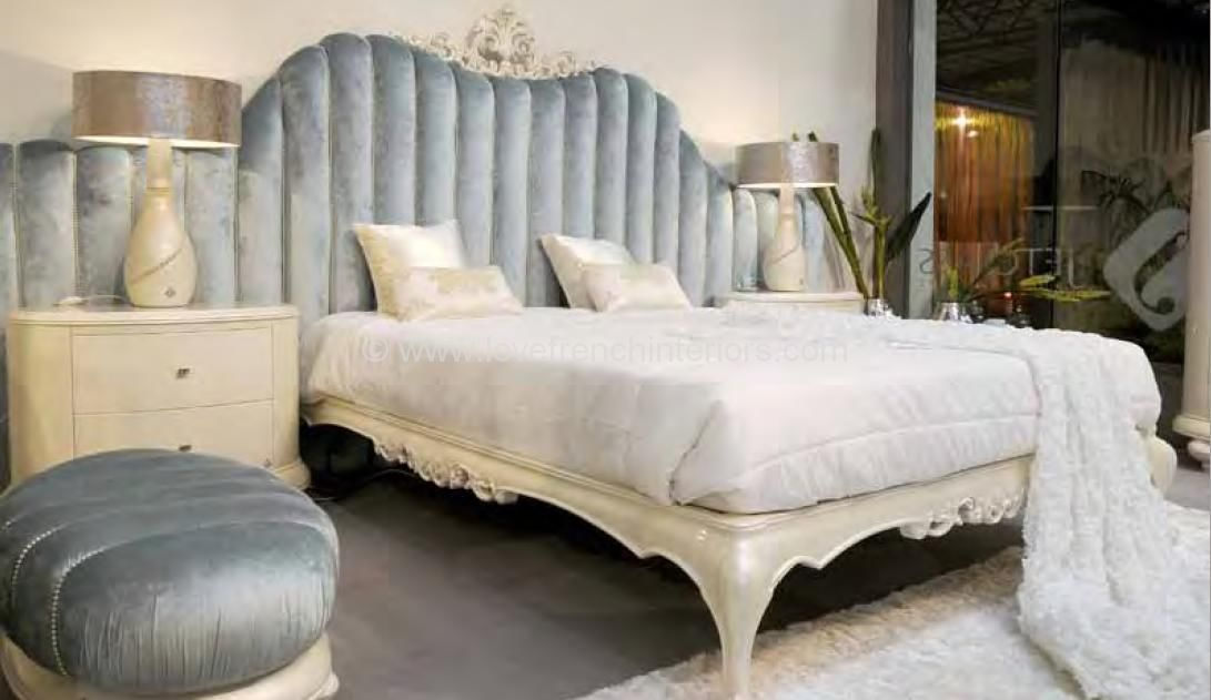 newest cd721 d2fad Venezia Bed with Classic Headboard